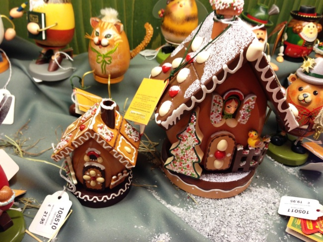 gingerbread house christmas decorations hamburg weihnachts markt
