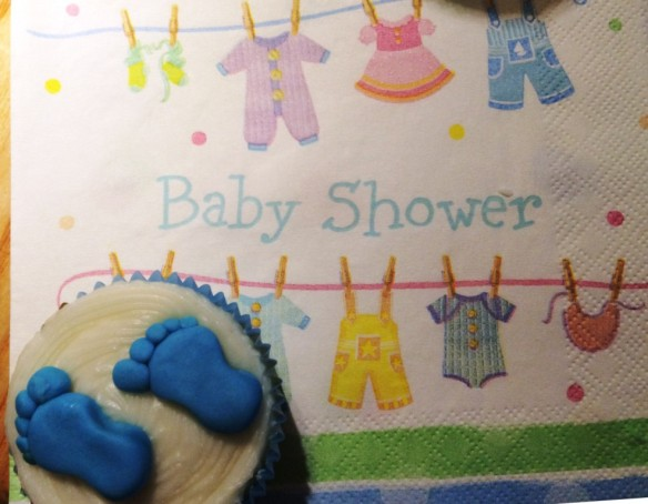 its a boy footprints cupcake on baby shower napkin party ideas