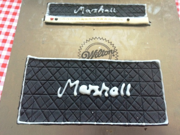 marshall amp front made out of fondant icing hand piped